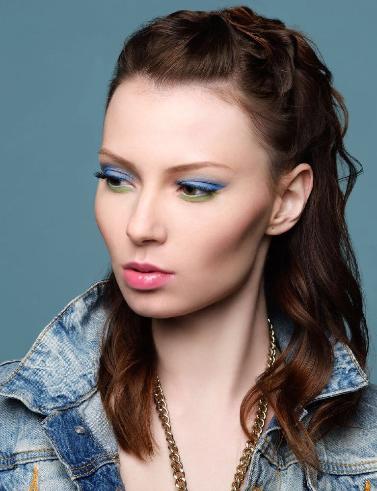 Model: Kate Lova Hair: Valerie Noble Makeup: TJ Romeland Photo: Dimitry Loiseau Regard Magazine
