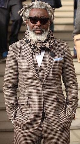 Brown Houndstooth Suit and Camo Scarf, Men's Fall winter Street ...