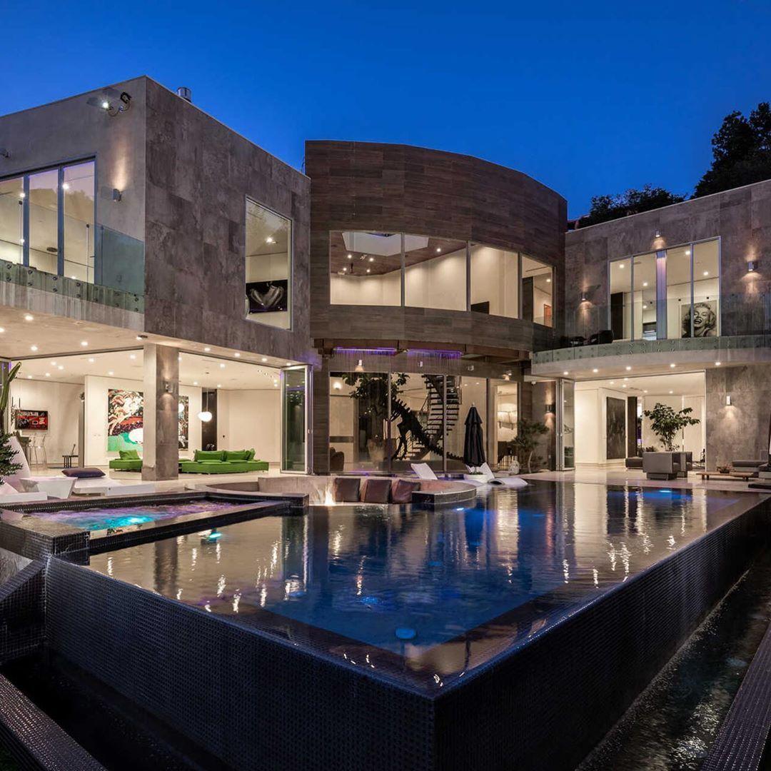 Mansiones De Lujo Billonarios De Internet Mansions Luxury Homes Modern Mansion