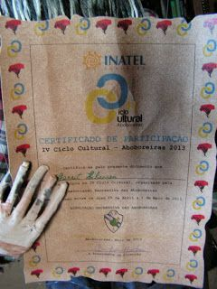 """Portugal Prankish Puppets: Little """"String Sick"""" Steve gets his first certificate"""