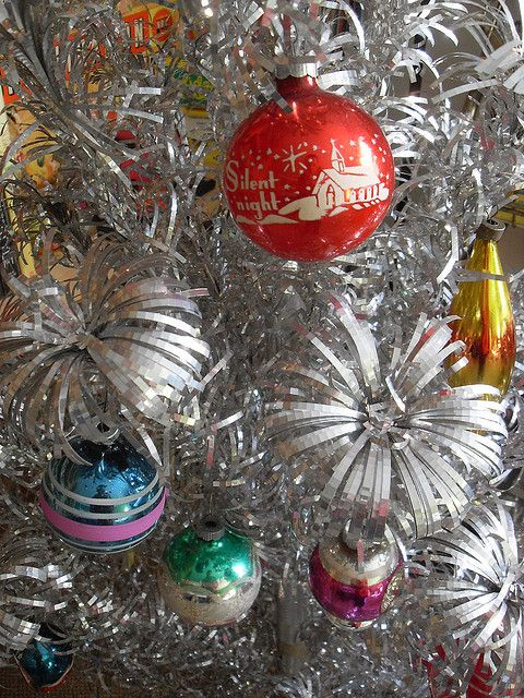 christmas tree 1950s christmas ornaments