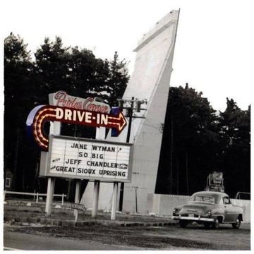 Summer Bucket List 10 Drive In Theaters Across New England New