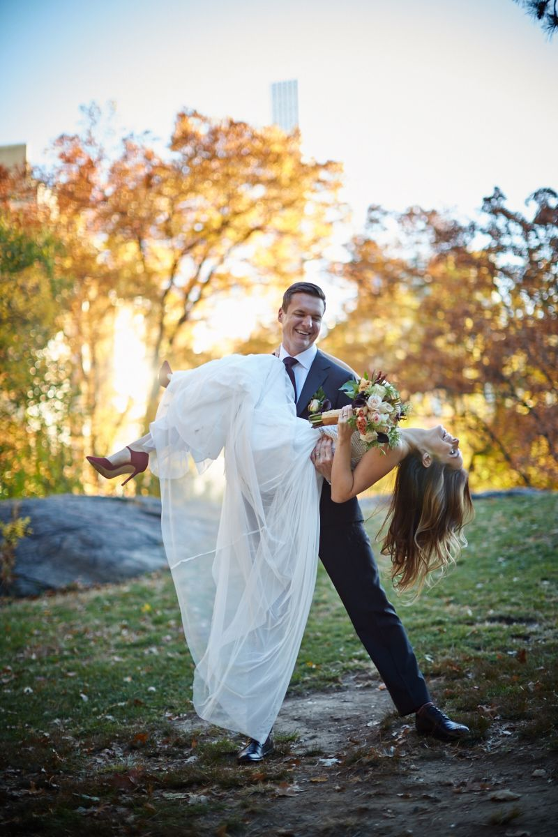 You can't go wrong with a small wedding in Central Park