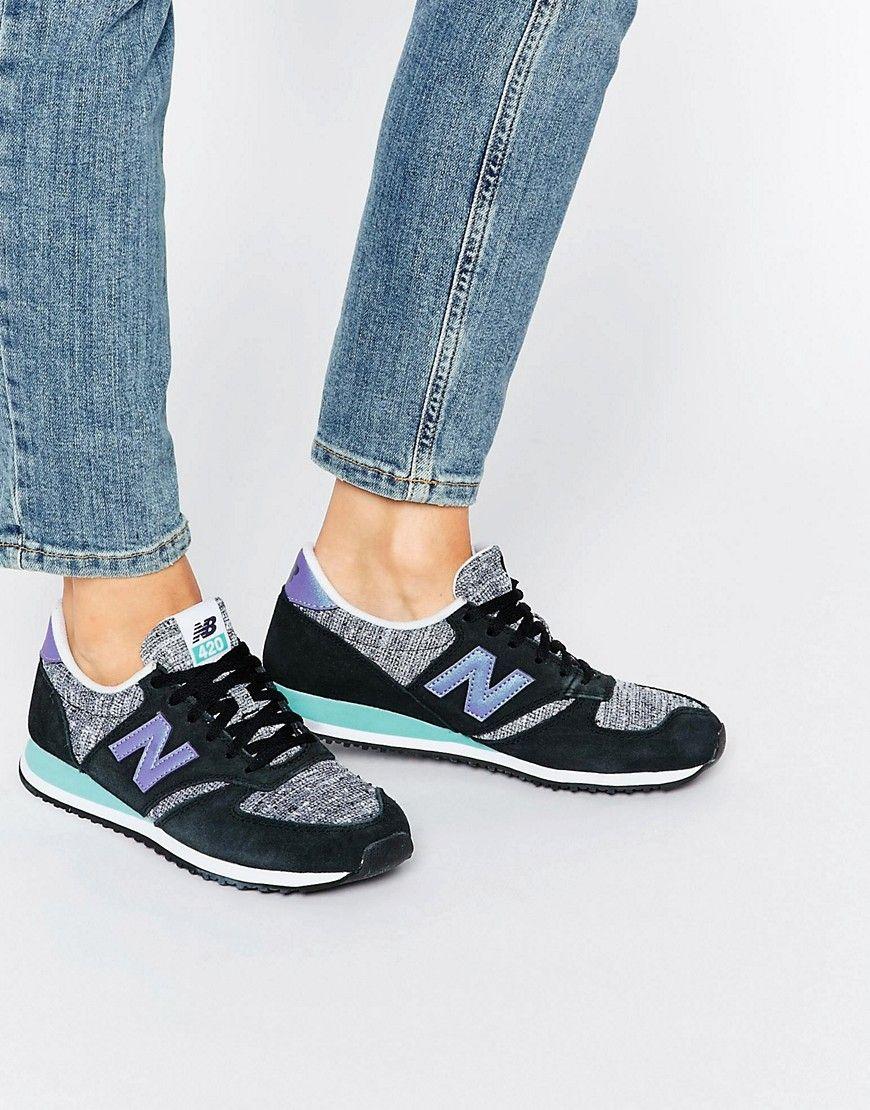 ed931645c Zapatillas de deporte de ante en negro y violeta 420 de New Balance.  Zapatillas de deporte de New Balance