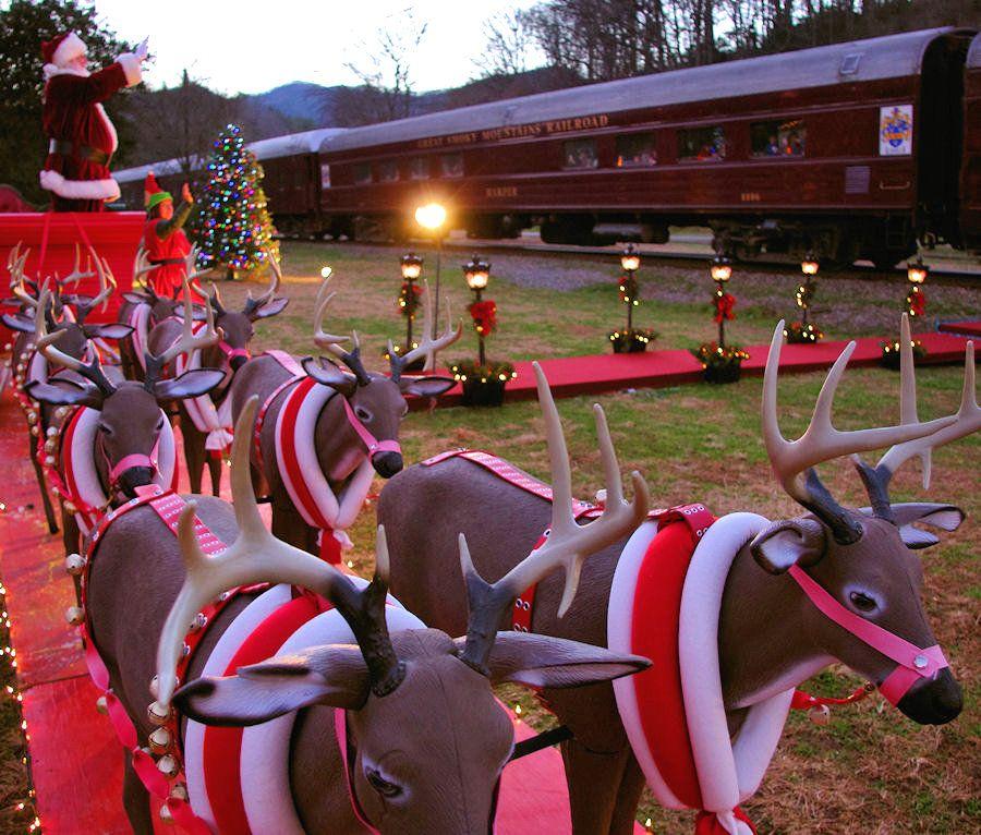 Polar Express Train On The Great Smoky Mountains Railroad In Bryson City North Carolina Polar Express Train Christmas Travel Smokies