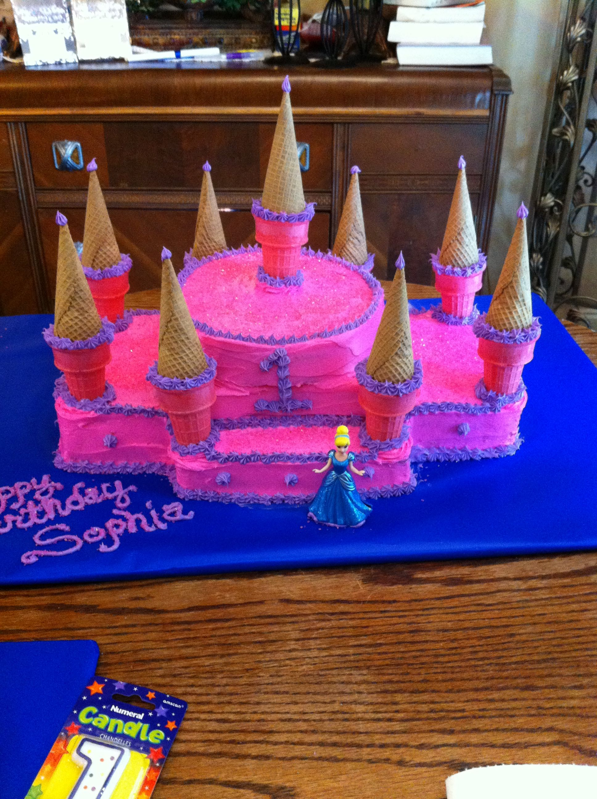 castle birthday cake! fun & pretty easy to make. | birthday cake