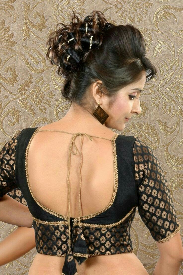 Beige golden brocade blouse blouse designs blouse designs for sarees - Simple Blouse Designs Blouse Back Neck Designs Bridal Blouse Designs Sari Blouse Designs Simple Sarees Black Blouse Black Saree Indian Sarees