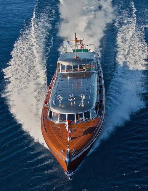 Thunderbird Hacker Craft 70 Mph Luxury Yacht