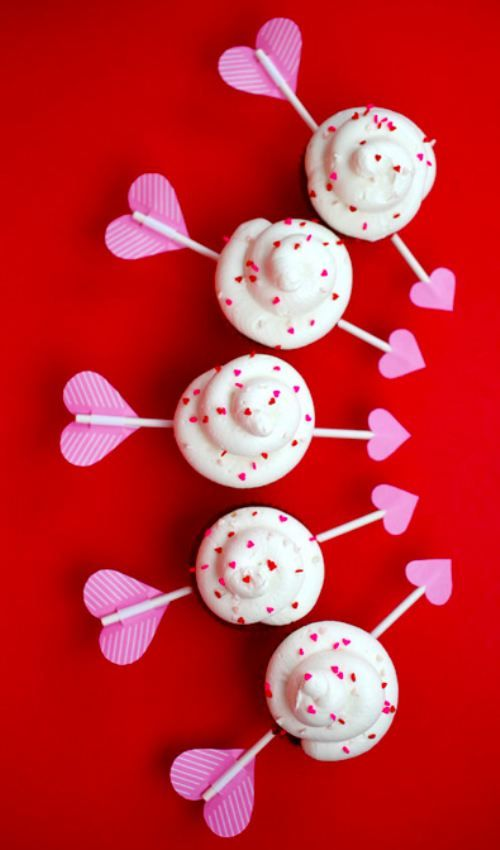 Cupid's Arrow Cupcakes [RECIPE]