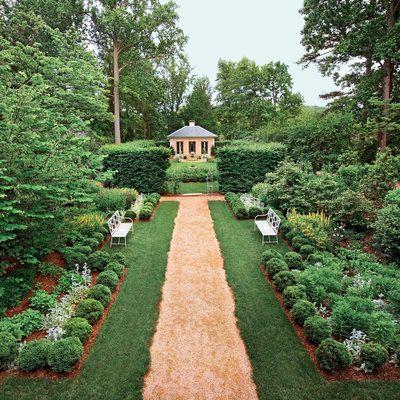 Tour A Classical Garden Southern Garden Cottage Garden Design Amazing Gardens