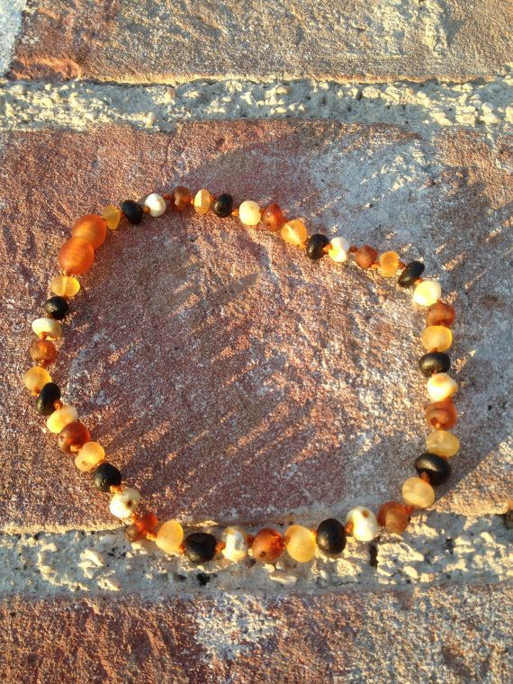 Baltic Amber baby teething necklace - dailyetsysales on Etsy, 25,00 €