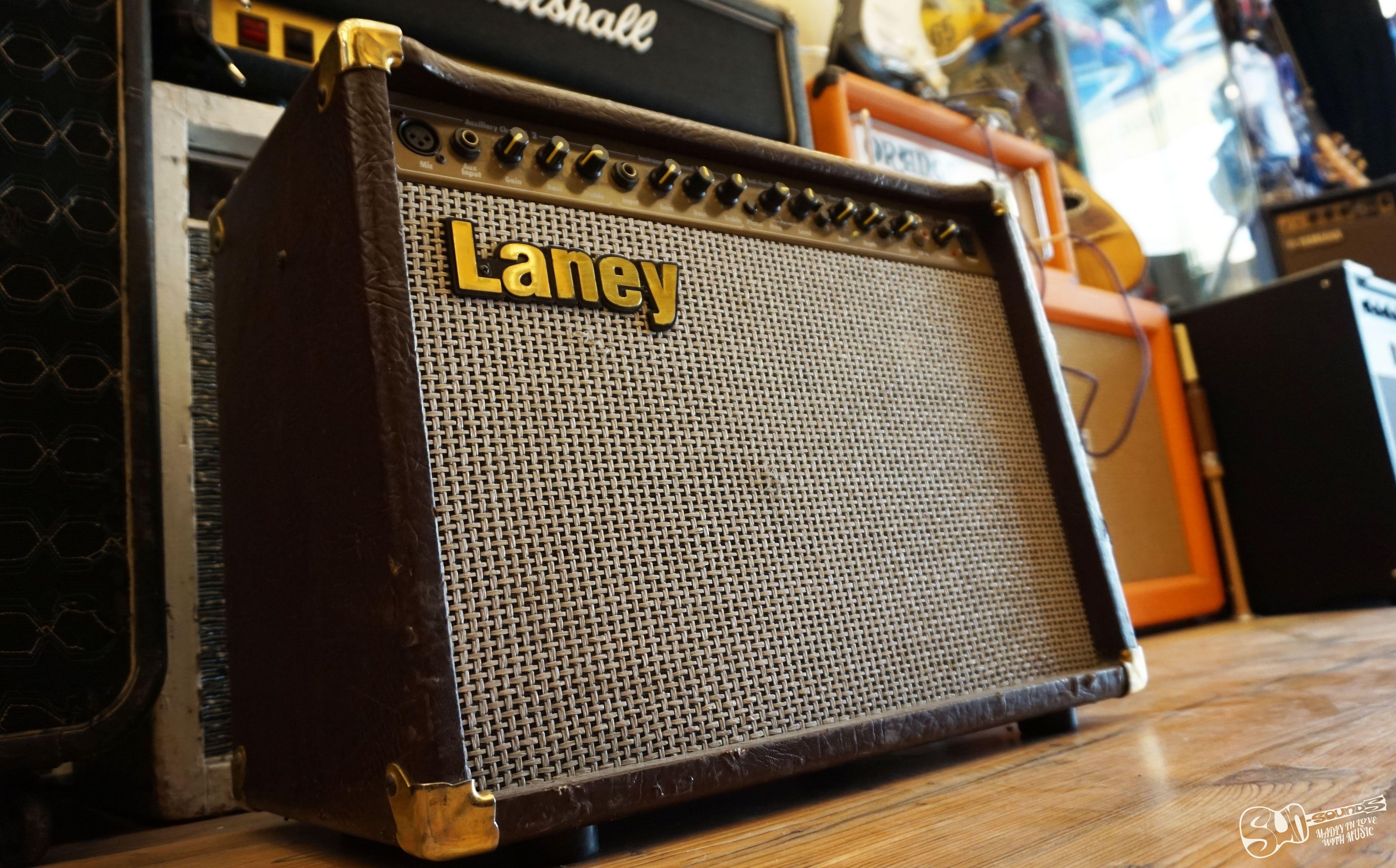 Laney La65c Acoustic Amplifier The Laney La65 Is A 65 Watt 2 Channel Dedicated Acoustic Guitar Amplifier With Chorus The Co Music Shop Guitar Guitar Lessons