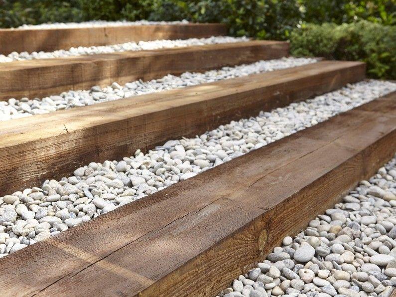 Allée De Jardin Au Naturel En 2019 Escalier De Jardin