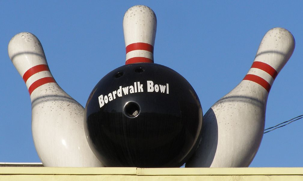 Have You Ever Seen A Bowling Alley Look This Classy Event Venue Spaces