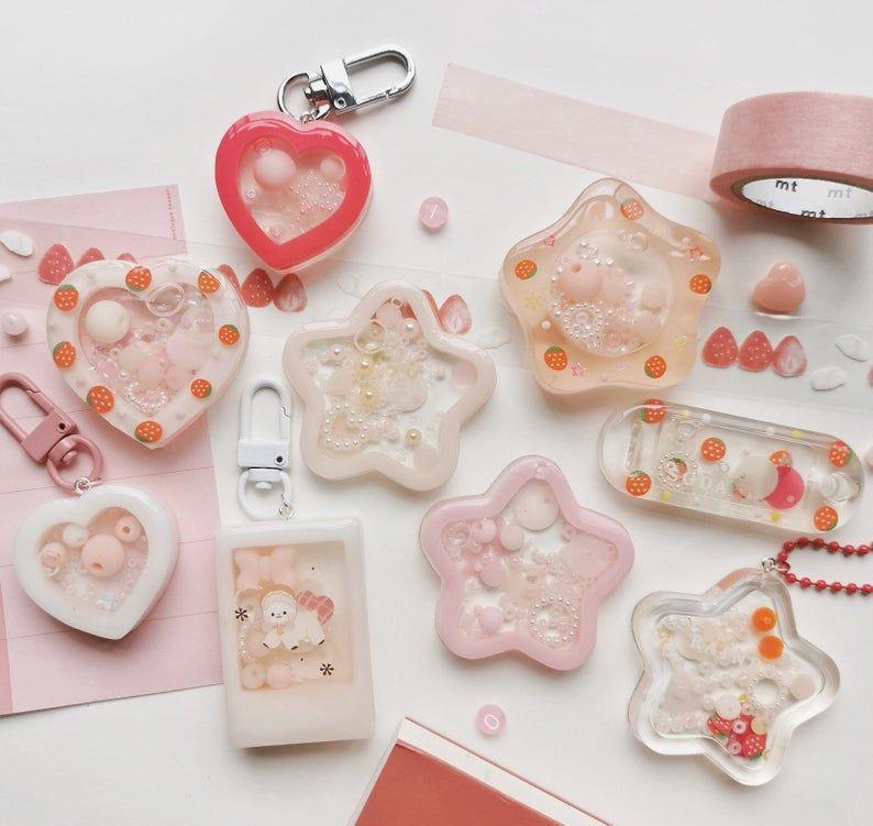 Shaker 1 Handmade Bts Blackpink Twice Idol Cute Shaker Kpop Stars Beaded Bracelet Keychain In 2021 Mini Photo Frames Handmade Framed Letters