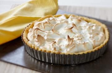 Gluten-free lemon meringue pie #lemonmeringuepie