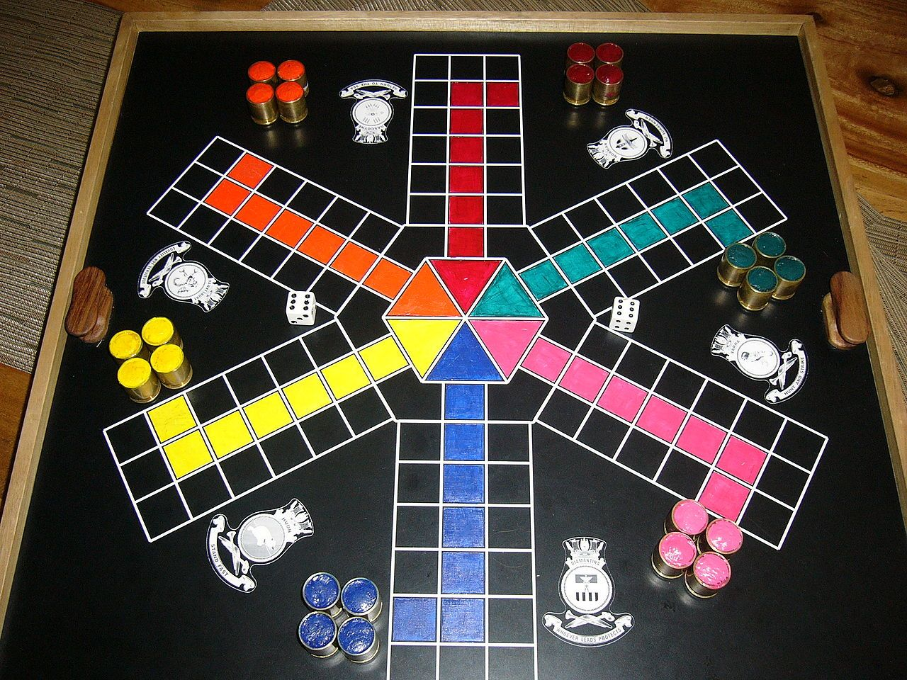 Uckers (Wikimedia Commons) Board games, Cards, Games