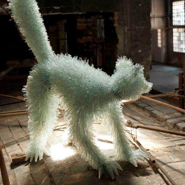 Sculptures Made Of Shattered Glass Shards - Marta Klonowska
