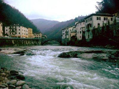 Bagni di Lucca | Toszkána | Pinterest | Bridge and Tuscany