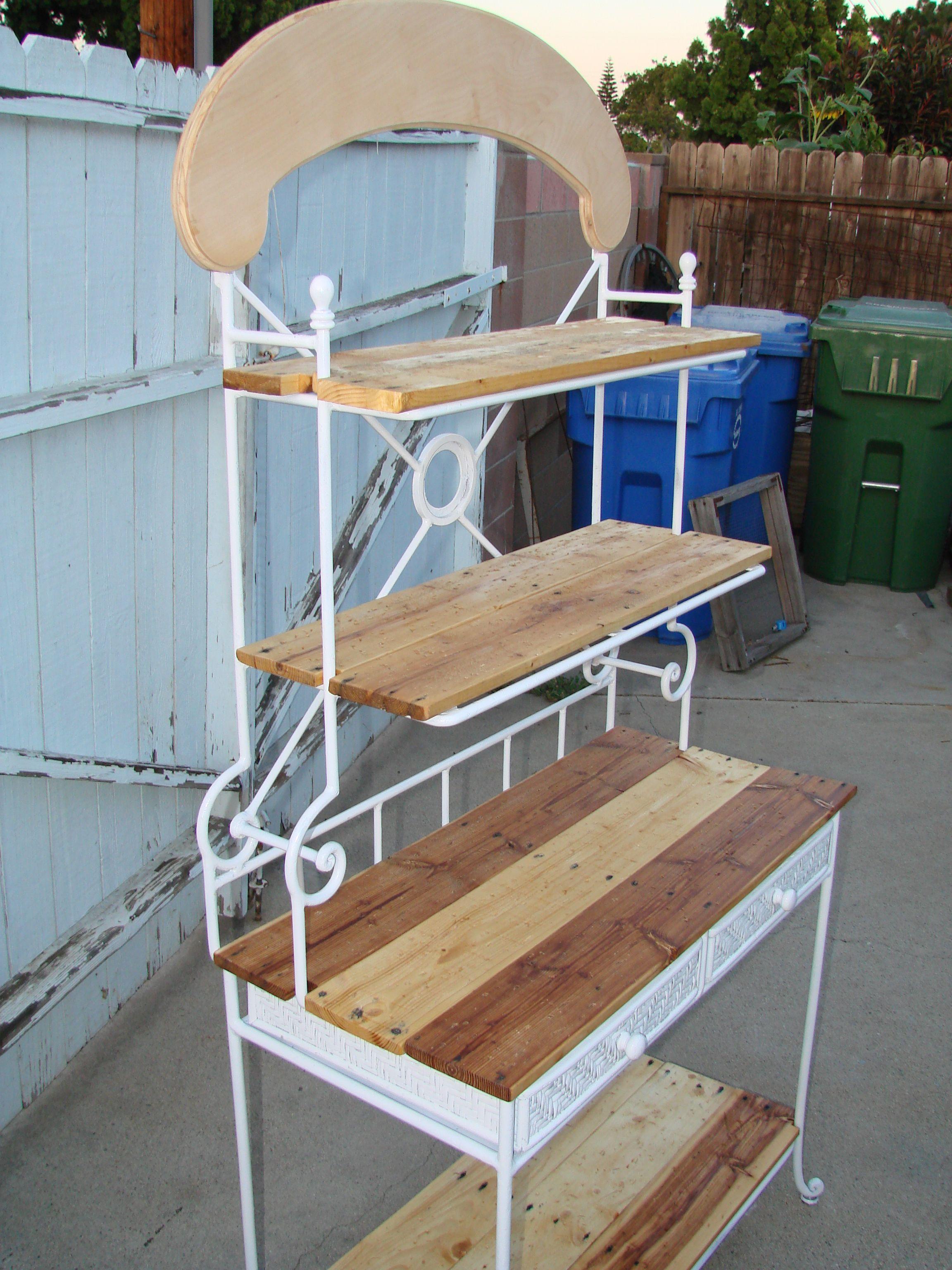 5 00 Yard Sale Bakers Rack Refurbished Using Pallet Wood Shelves