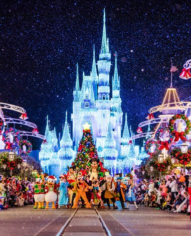 When Does Disney World Decorate For Christmas