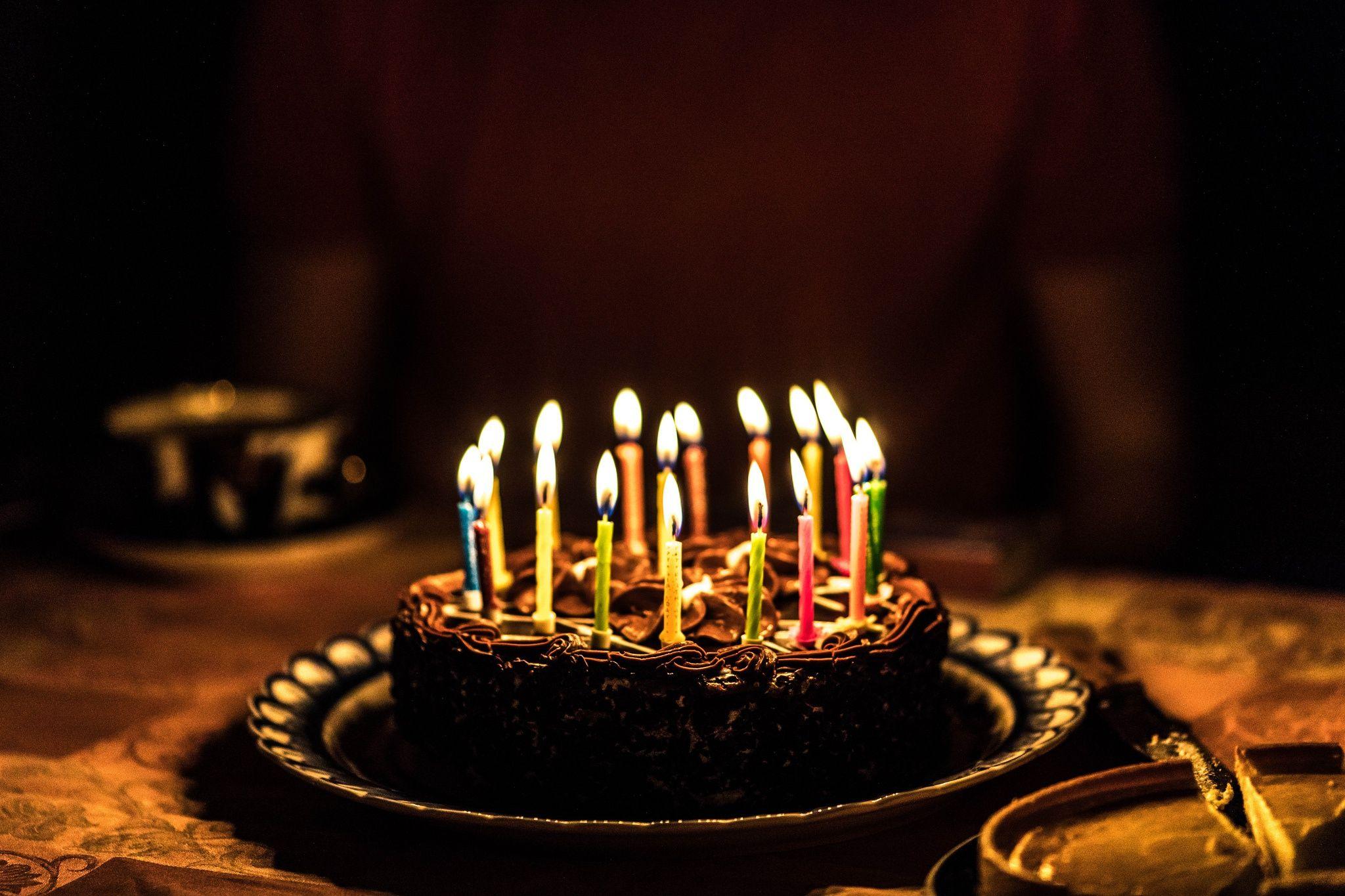 День, открытка торт и свечи