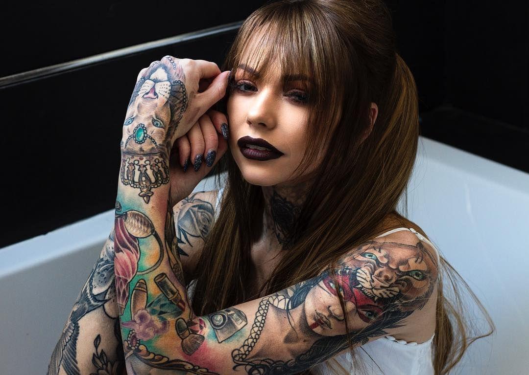 Inked girl Lindsay   Tattoo models   Inked girls, Girl tattoos ...