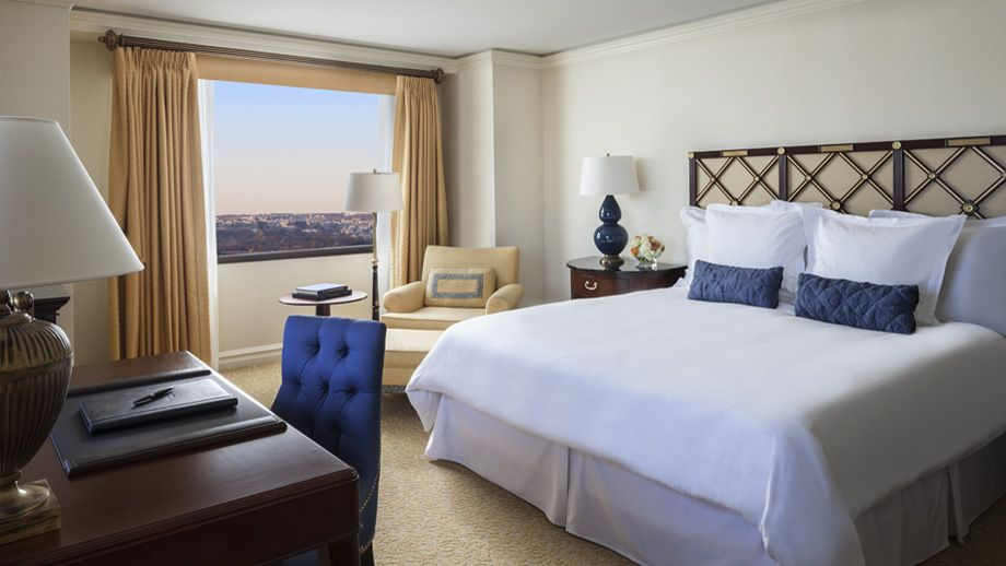 Handsomely Decorated Our Deluxe Rooms Feature Captivating Views Of The Washington Dc Skyline And Northern Virginia Luxury Hotel Room Hotel Luxury Hotel