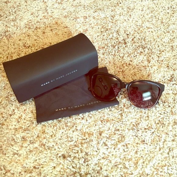 Marc by Marc Jacobs Sunglasses Excellent condition; purchased from Nordstroms; comes with the pictured cloth and case; tortoise colored frames. Marc by Marc Jacobs Accessories Sunglasses