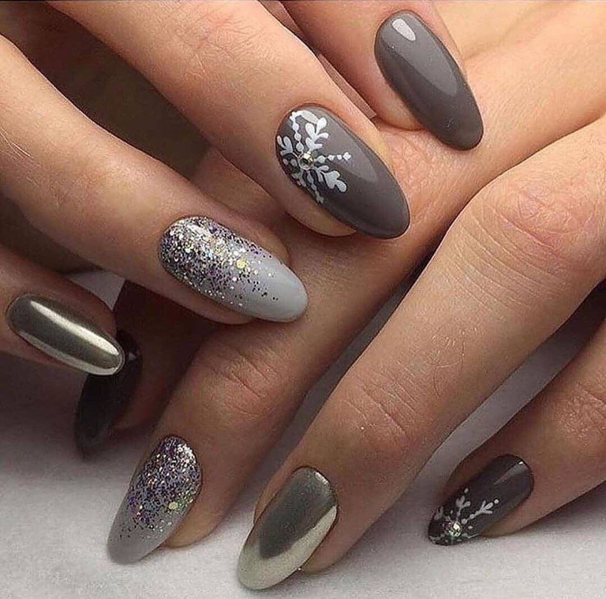 nail tips design Ring Finger nailtipsapplication in 2020