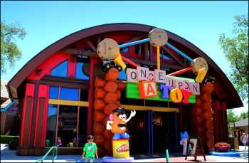 Downtown Disney Orlando World Ping Hotels Near