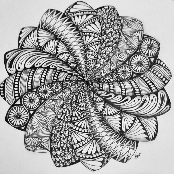 Spiraling Mandala More Zentangle Zeichnungen Mandala Kunst Zentangle Kunst