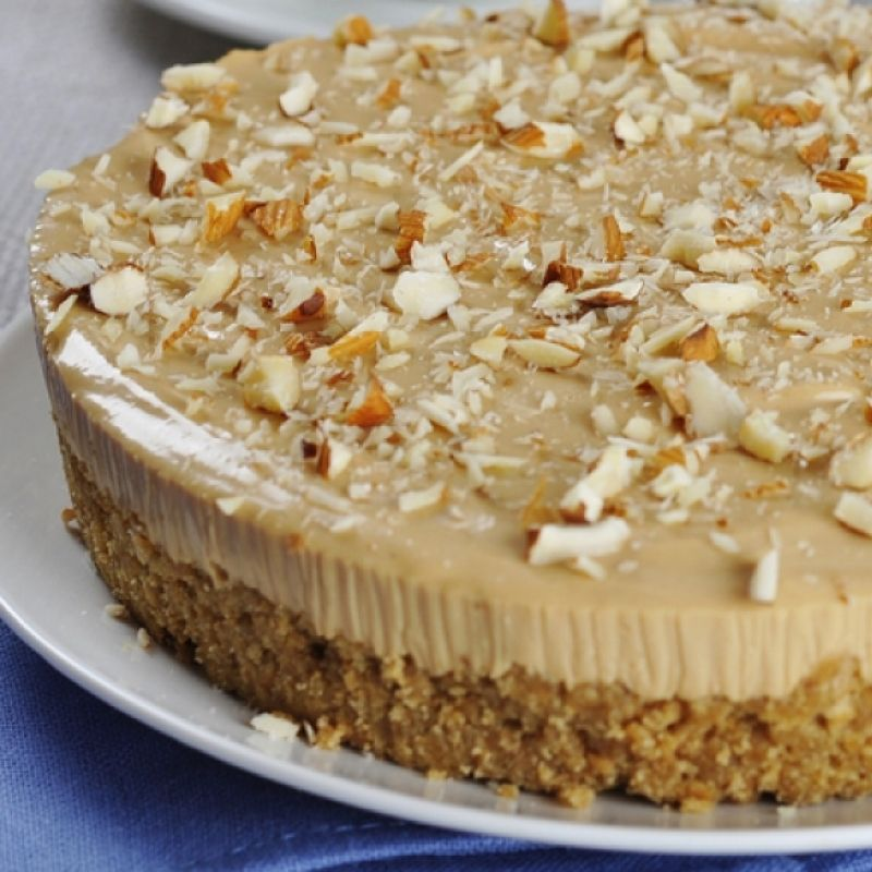 This recipe for maple syrup cheesecake is so darn delicious.. Maple Syrup Cheesecake Recipe from Grandmothers Kitchen.