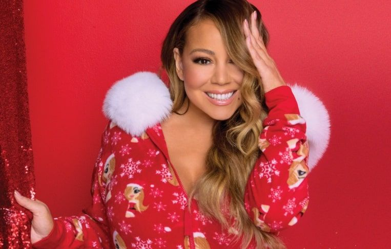 Mariah Carey S All I Want For Christmas Is You Took 25 Years To Hit 1 Mariah Carey Carey Mariah