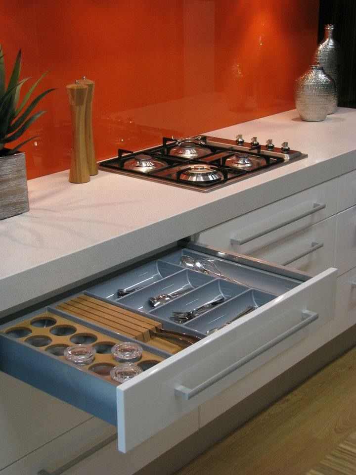 Pin By Sean Yeomans On Kitchens For Living Pty Ltd Kitchen Kitchen Appliances Stove Top