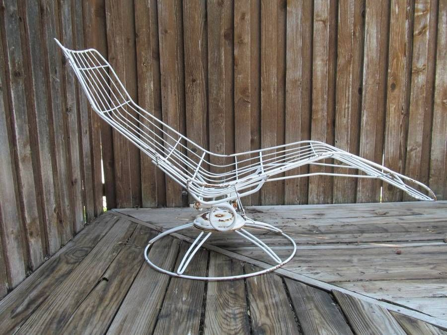 Mid Century Modern Wrought Iron Eames era Homecrest Siesta Chaise Lounge chair : mid century modern chaise lounge chairs - Sectionals, Sofas & Couches