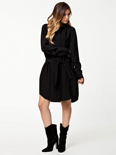 Whitney Dress - Cacharel - Svart - Klänningar - Kläder - Kvinna - Nelly.com