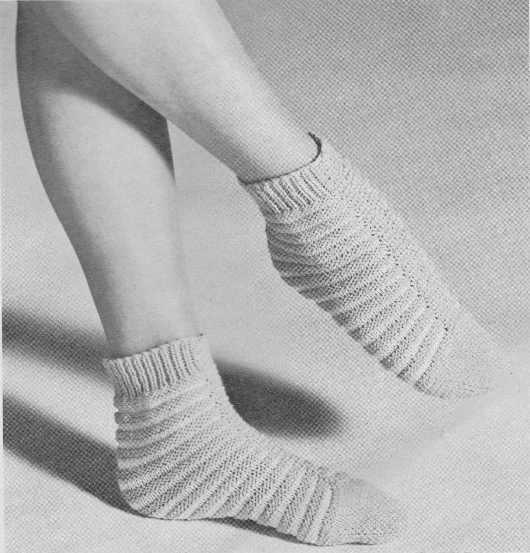 399 Vintage Knitting Pattern Sleeping Socks, Ladies Socks Pattern ...