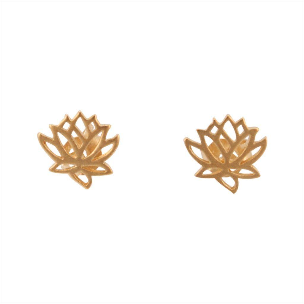 Tiny Lotus Flower Earrings In Gold 6879 Yg Earrings Pinterest