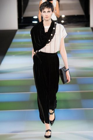 Emporio Armani Fall 2014 Ready-to-Wear Collection Slideshow on Style.com