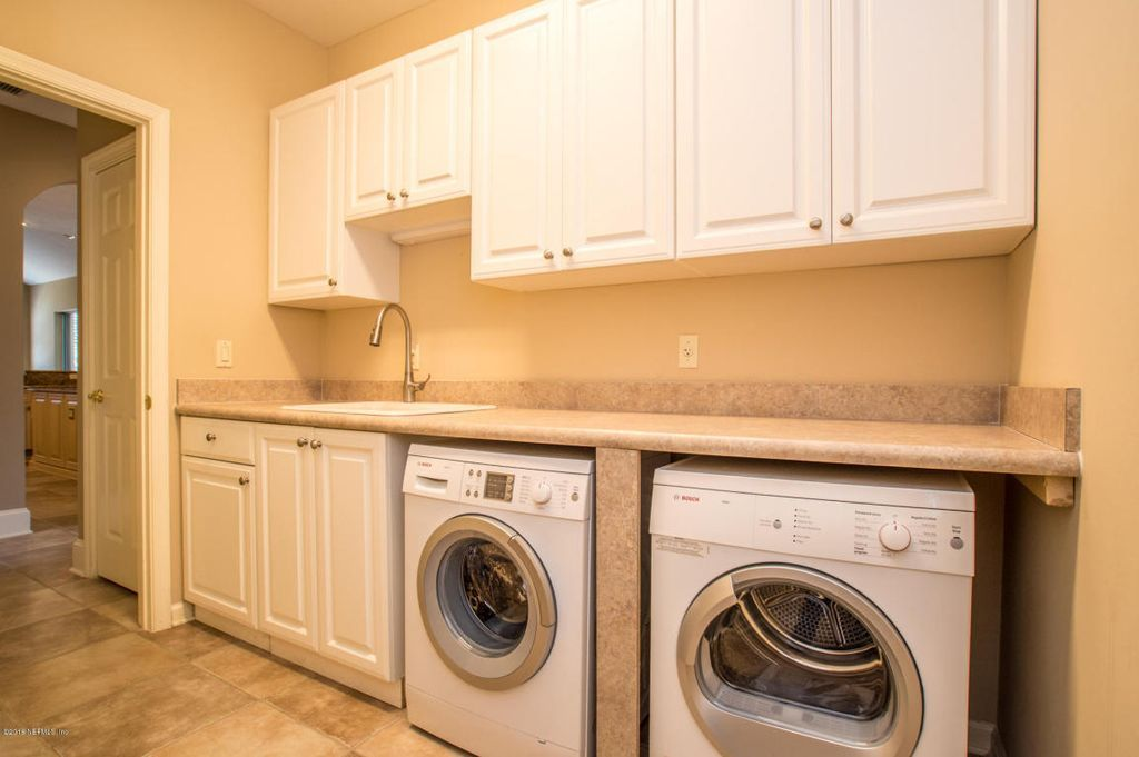 101 Incredible Laundry Room Ideas for 2018 | Laundry rooms, Tile ...