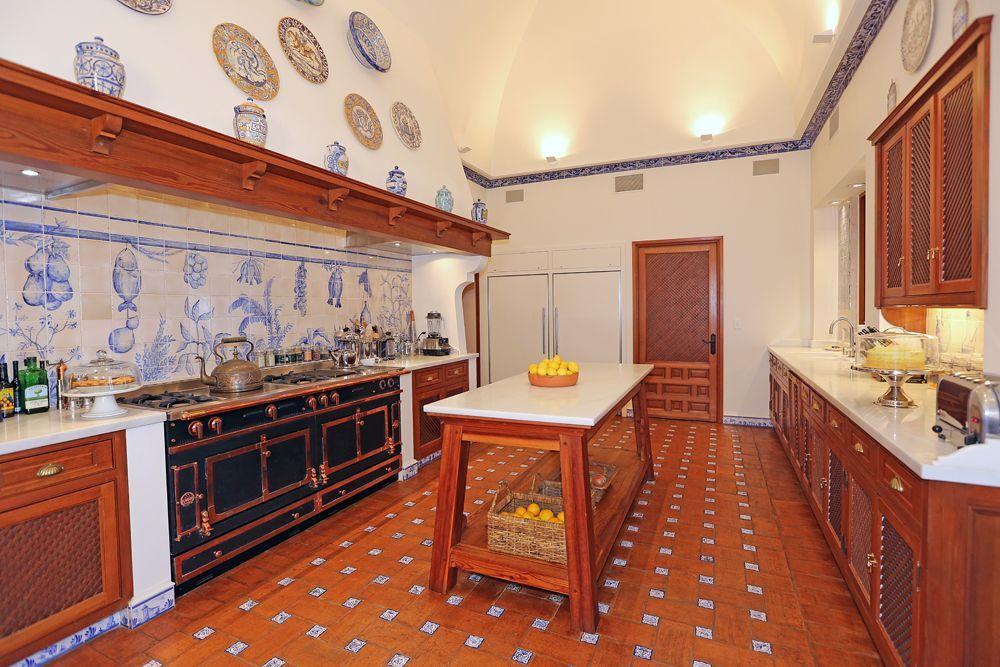 Secrets of LA\u0027s 5-Stories-Underground $53M Estate Mansions, Don