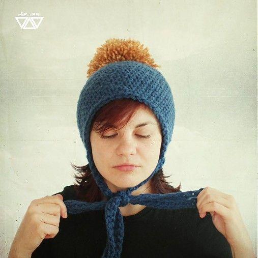 diEnes / časbrmama/ crochet hat with pom pom and bow