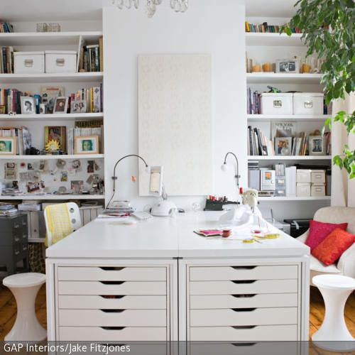 Eine ganze Arbeitsinsel entsteht, wenn man zwei Schreibtische - ideen buromobel design ersa arbeitszimmer
