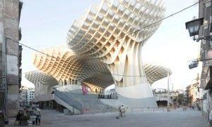 Architekturteilchen – Ausstellung in Köln zum modularem Bauen im digitalen Zeitalter (MAKK)