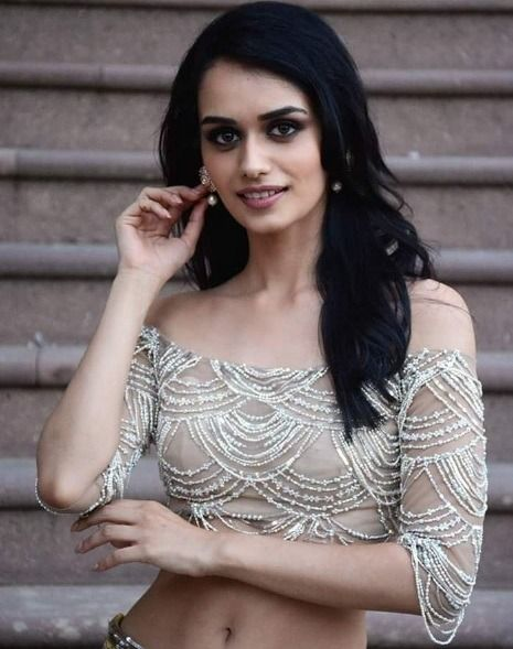 Manushi Chhillar Blouse Design - Manushi Chhillar Miss World 2017