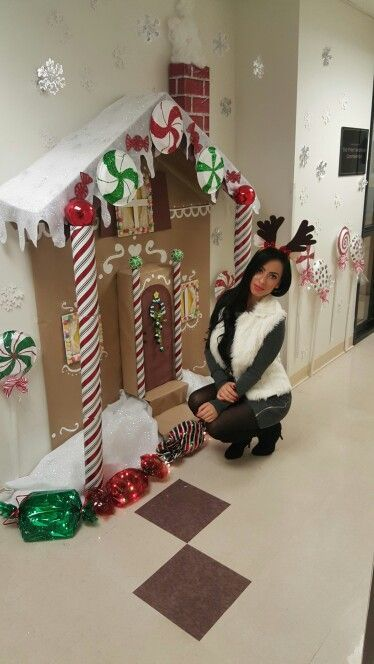 Dollar Store DIY Christmas Decor Ideas – Gingerbread Decorations #christmasdoordecorationsforschool