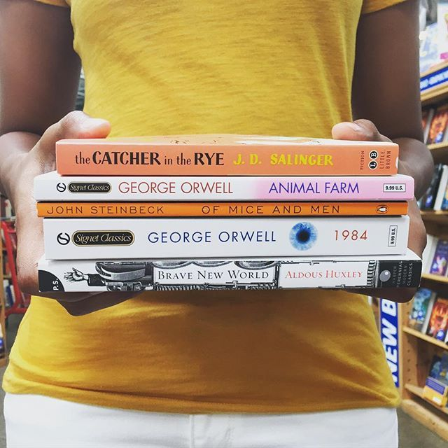 Required reading you don't hate. What are some of your favorites? #SummerReads