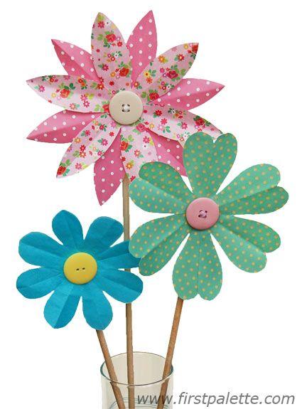 Folding paper flowers craft 8 petal flowers kids crafts folding paper flowers craft 8 petal flowers kids crafts mightylinksfo