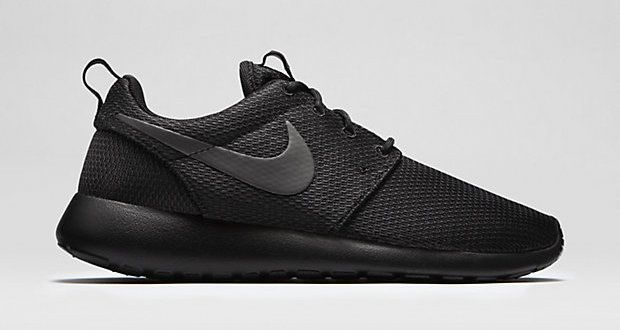 Women s Nike Rosherun Double Black  74573125dc5